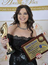 zal_slavi_koroleva_0