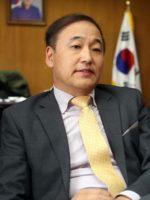 Ли Янг-Гу